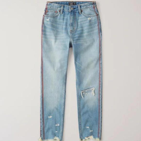 Abercrombie & Fitch Denim - A&F High Rise Mom Jeans